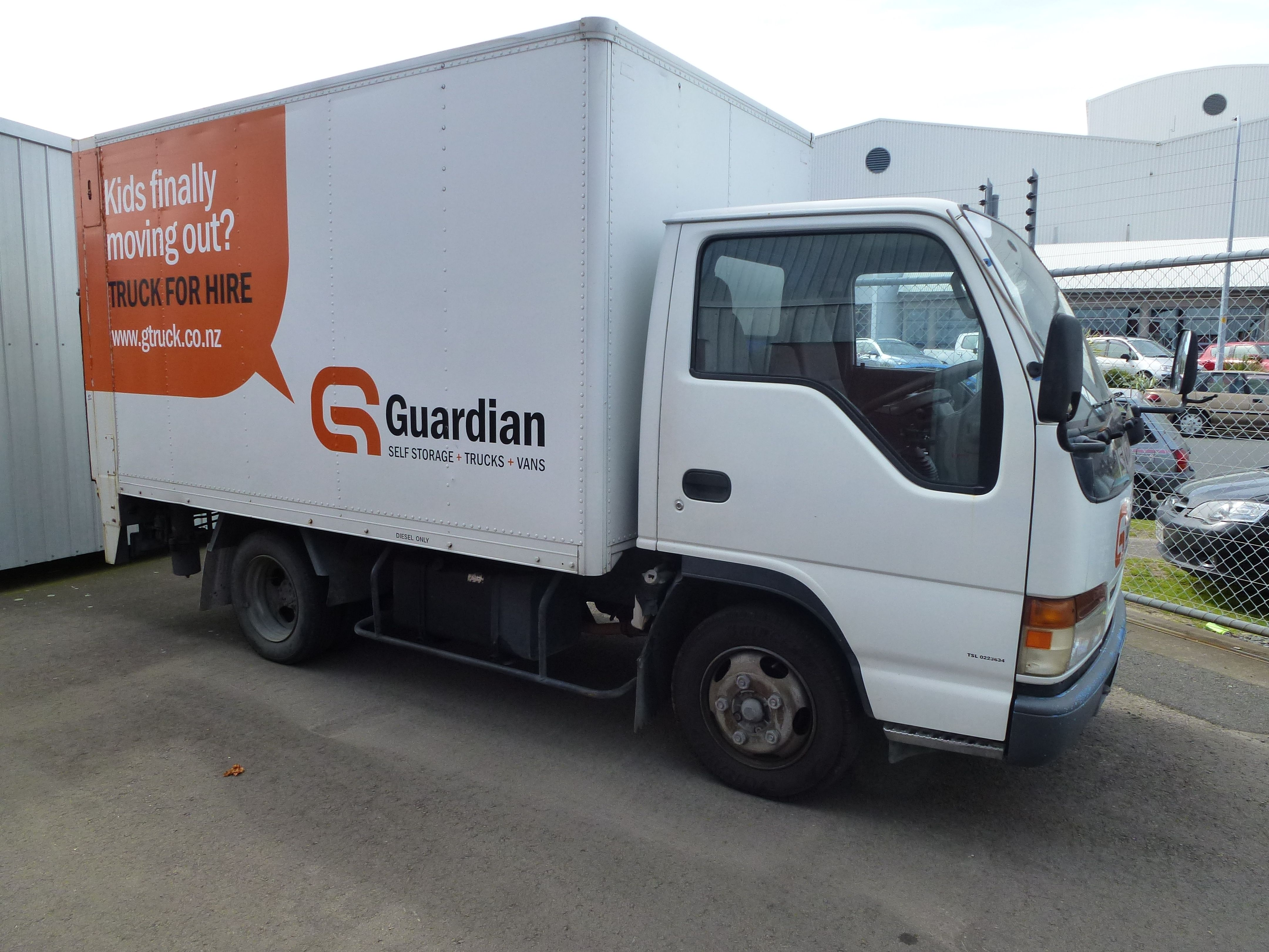 Hire movers with truck