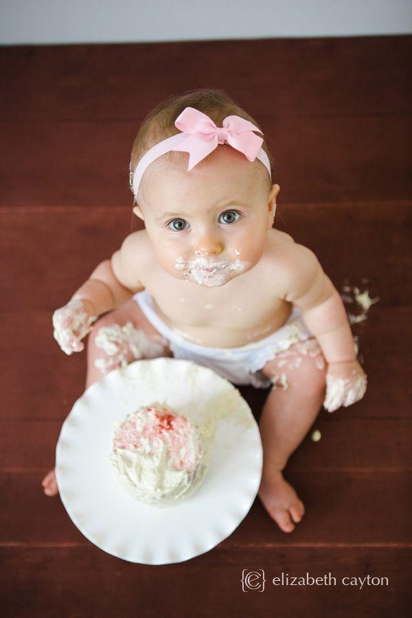 cake smash, one year portrait session - Elizabeth Cayton Photography - Eastern NC Portrait Photographer