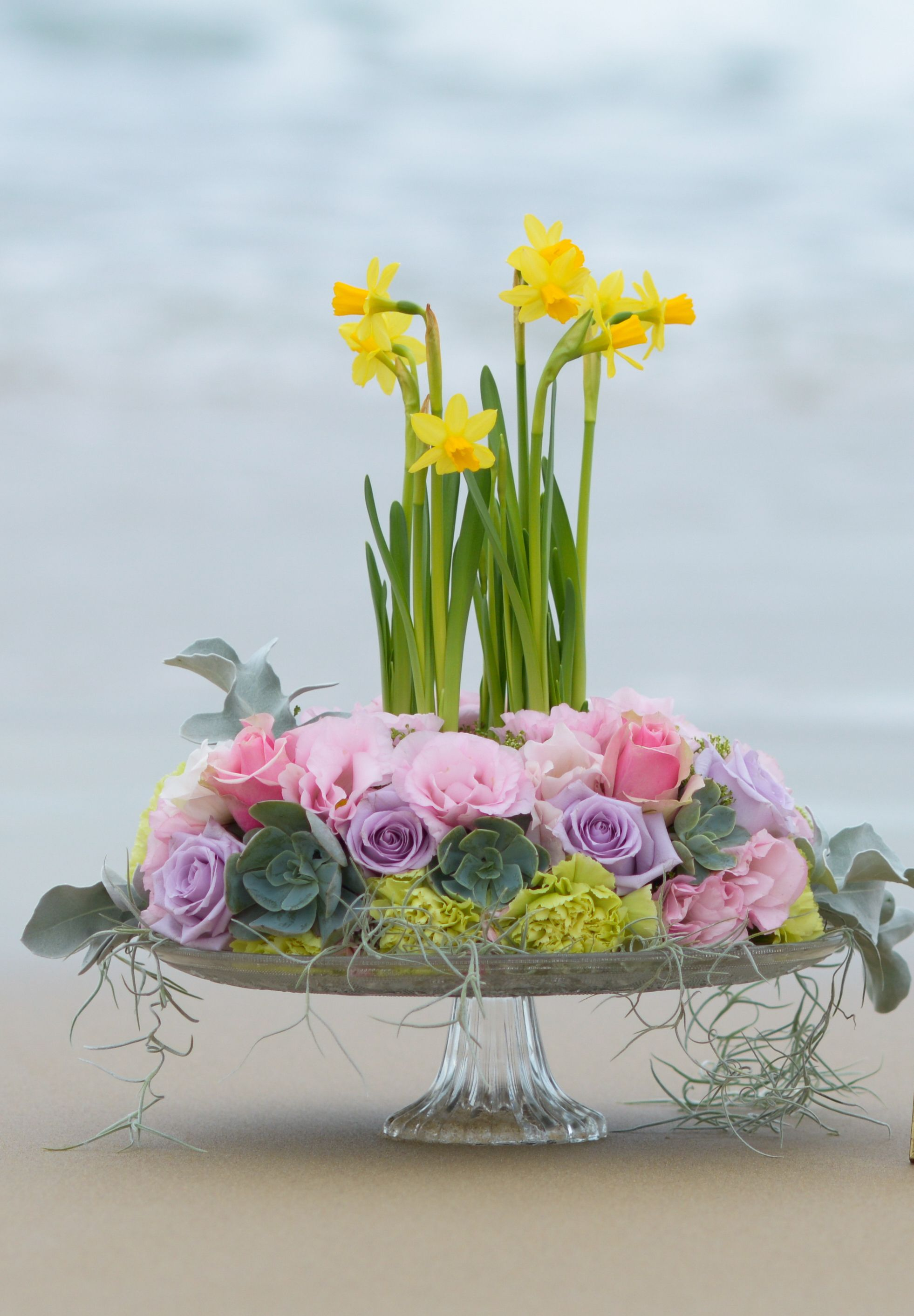 A special flower arrangement for Mother's day