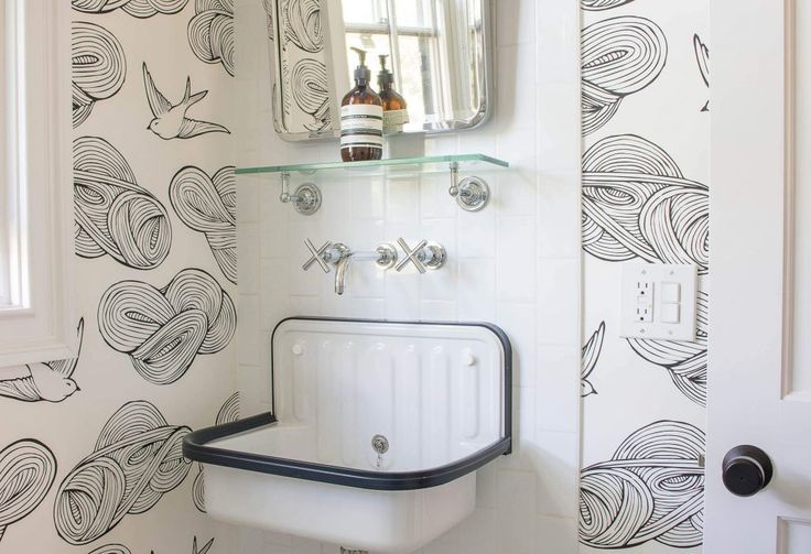 Hygge And West Wallpaper Hygge And West Retro Bathrooms Girl