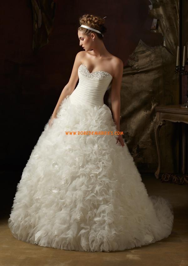 Robe de mariage bouffante avec bustier en coeur perles for Concepteurs de robe de mariage australien en ligne