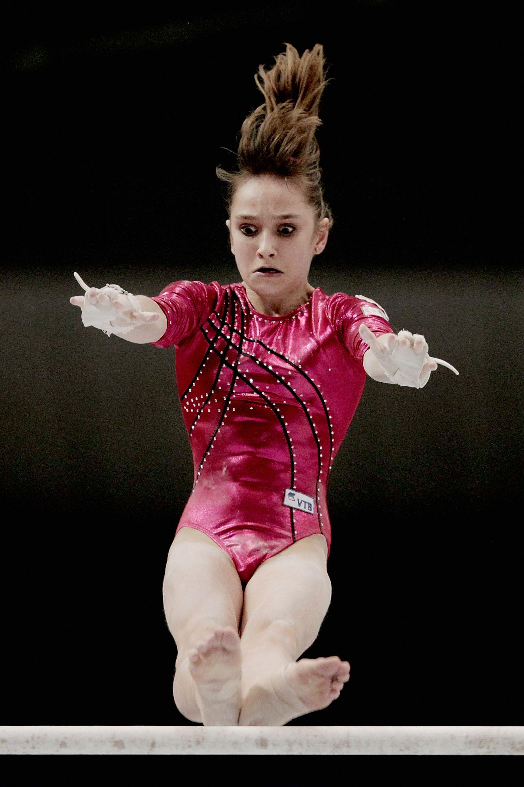 Viktoria Komova of Russia on floor at the 2012 Olympics
