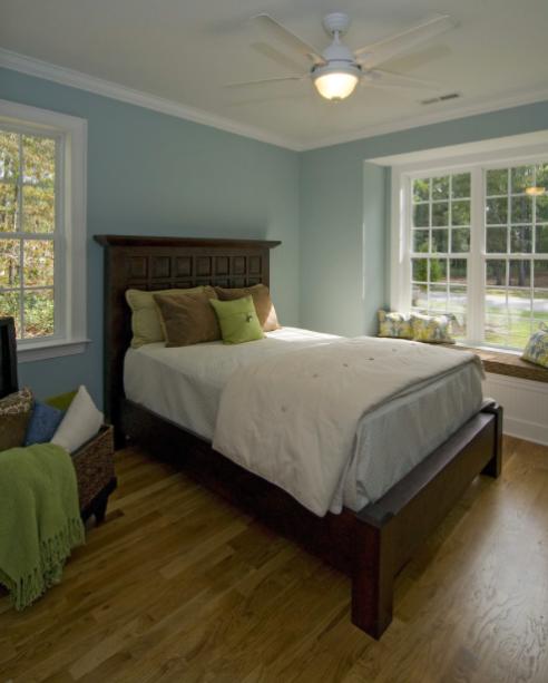 Bedroom Paint Colors For Men Bedroom Doorbell Bedroom Waste Bin White Wall Apartment Bedroom Ideas: Benjamin Moore Yarmouth Blue HC-150