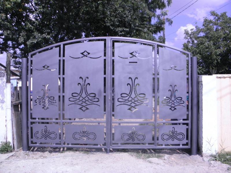 Рисунки на железных воротах фото