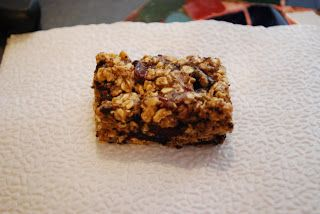 """Point-less"" Meals: Cherry Chocolate Chunk Granola Bars"