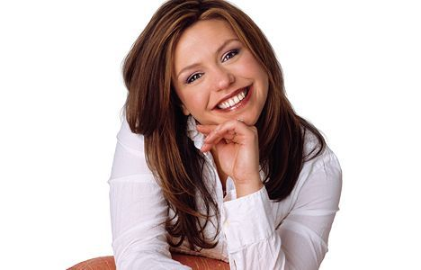 Rachael Ray Wedding Rachael Ray Poses At A Charity Event In Her Signature Long Hair Style Rachael Ray Food Network
