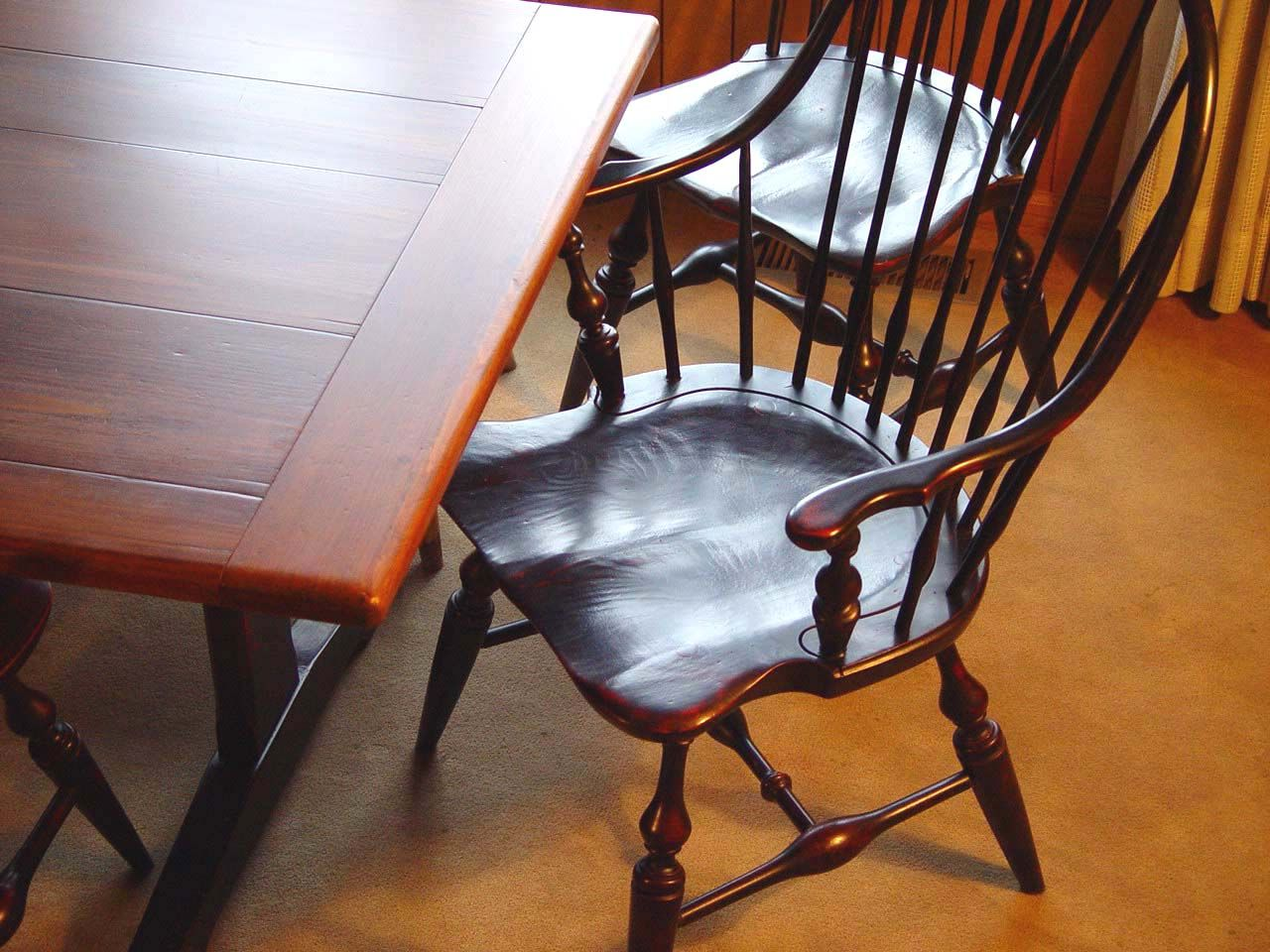 Ethan Allen Continuous Arm Bow Back Windsor That I Refinished In Black  Satin With A Colonial Red Undercoat. I Refinished A Set Of 6 And Paired The  Chairs ...