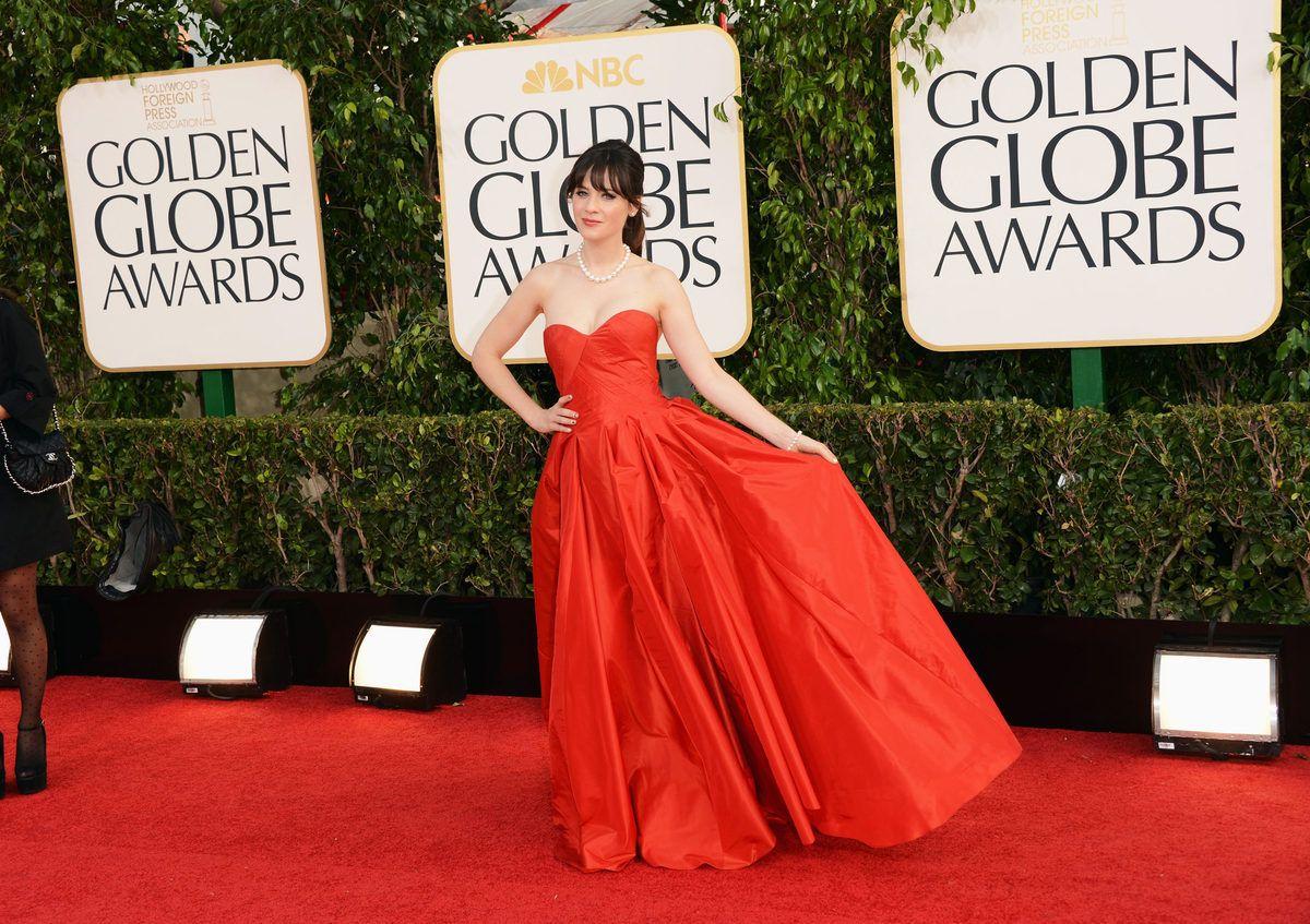 Zooey Deschanel in Oscar de la Renta on the Golden Globes red carpet in Beverly Hills.