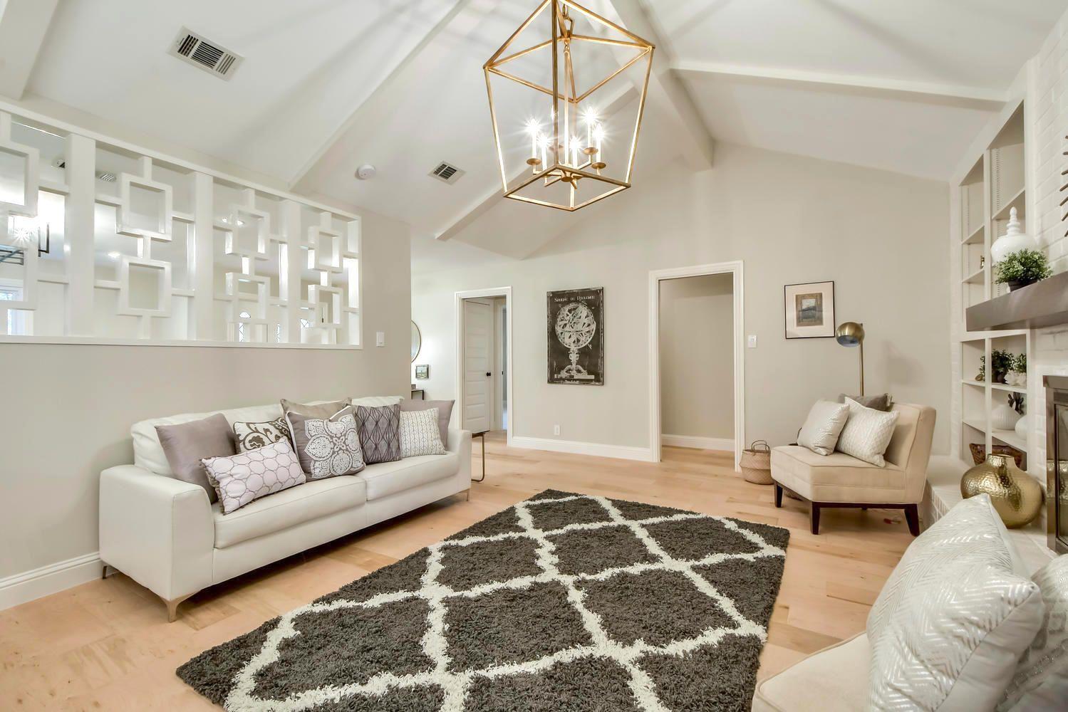 White living room remodel by Melisa Clement Designs, LLC in Austin ...
