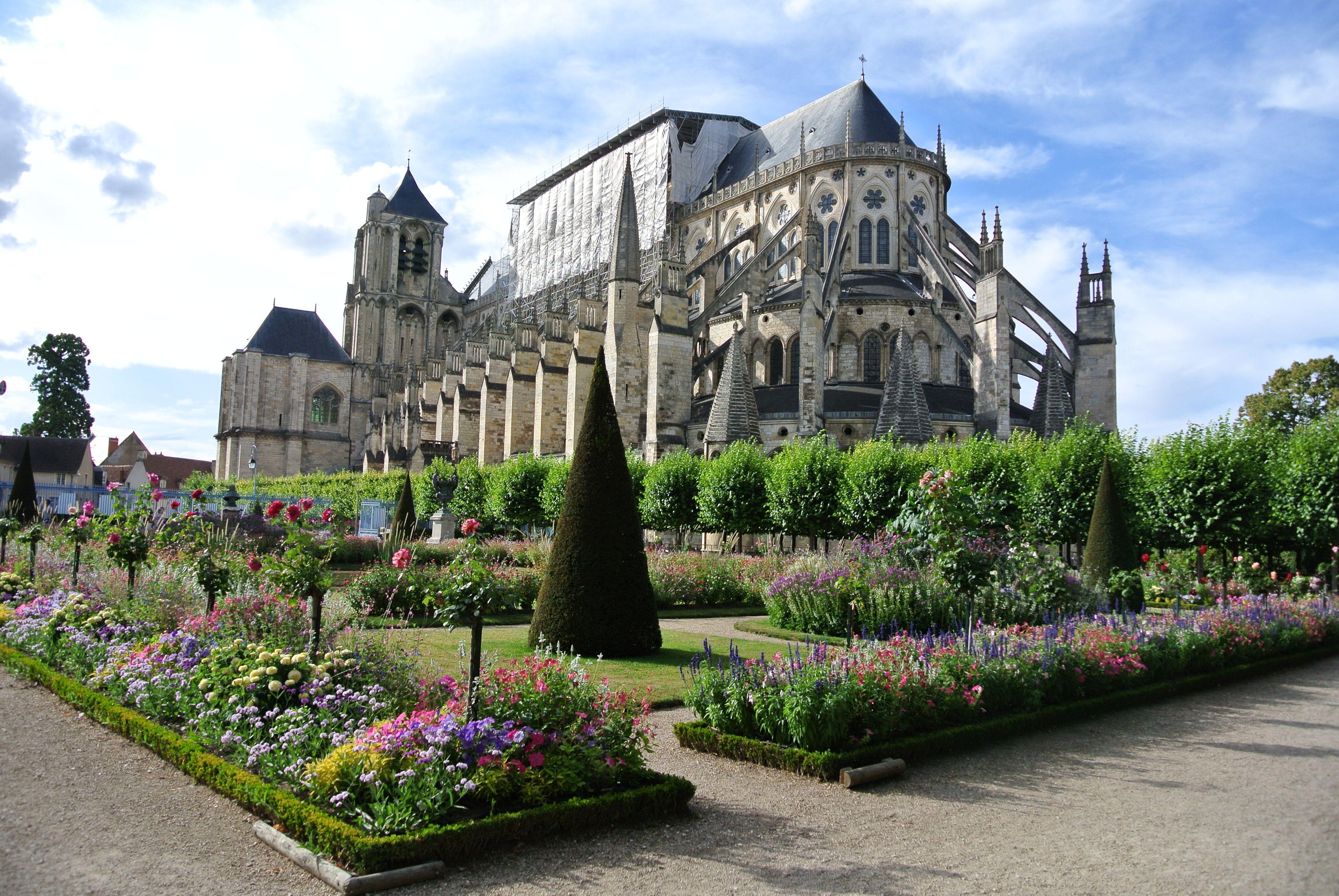 Cathédrale de Bourges - Jardin de l'archevêché