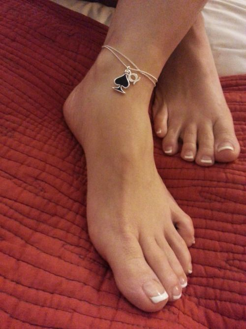 Pin By Daddysgurl On Mine Queen Of Spades Tattoo Ankle Chain