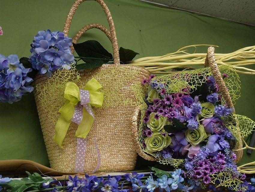 Per vetrine fai da te accessori fiori finti nastri e for Idee e accessori