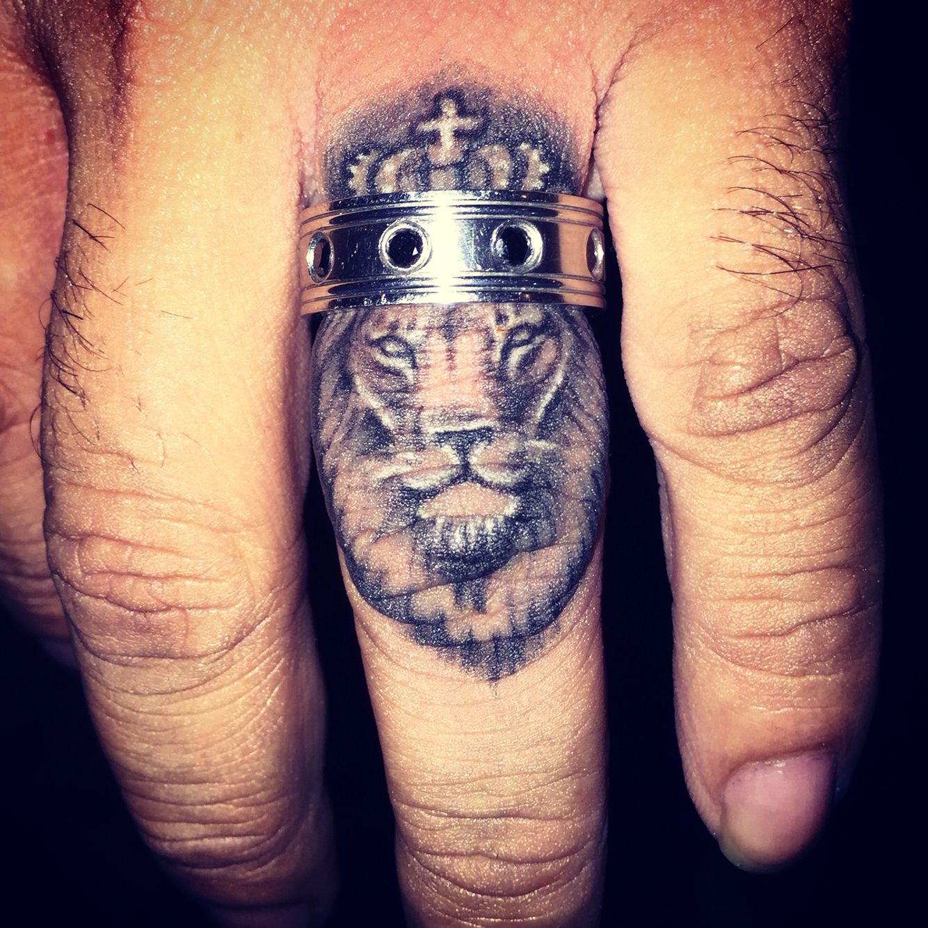 Ben S New Addition Ink Lion King Ring Hand Tattoos For Guys