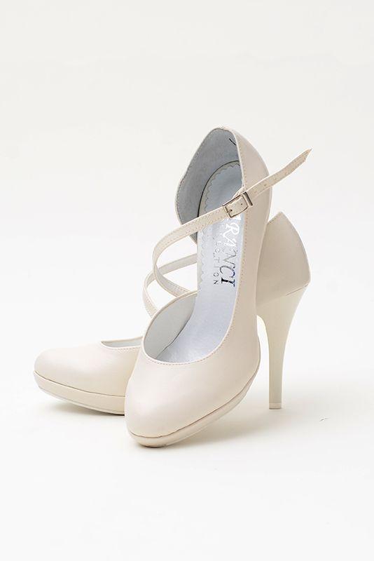 Slubne Buty Pl Buty Slubne Slubne Buty Sklep Internetowy Nasze Salony Z Obuwiem I Nasz Sklep Internetowy To Mie Wedding Shoes Fancy Shoes Wedding Shoe