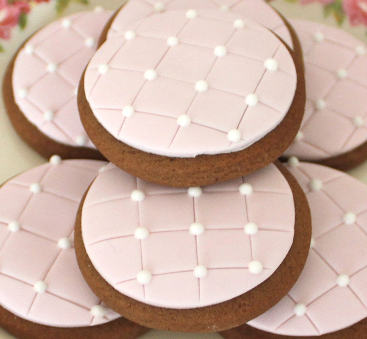 Alison Lawson Quilted Gingerbread Rounds
