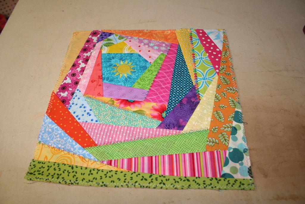 How to Sew an Easy Crazy Quilt Block | Quilt modernen, Nähen auf ...