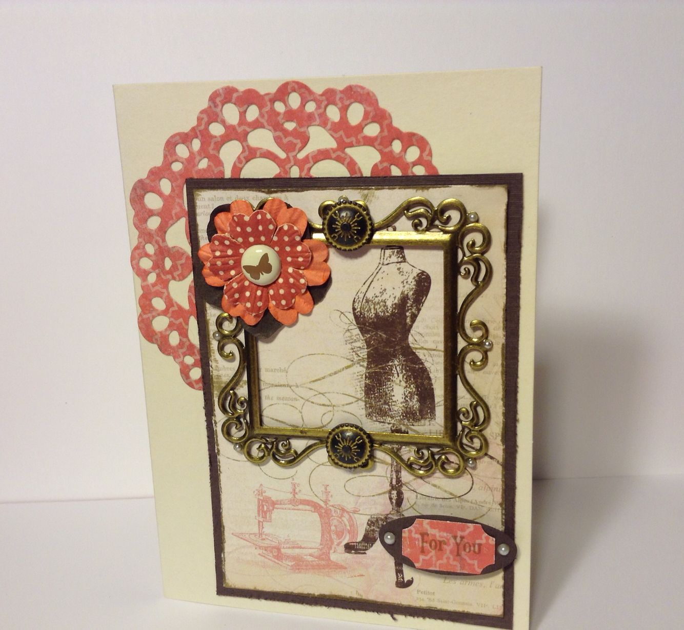 Card made for my friend Ro's birthday. Mme 6x6 pad