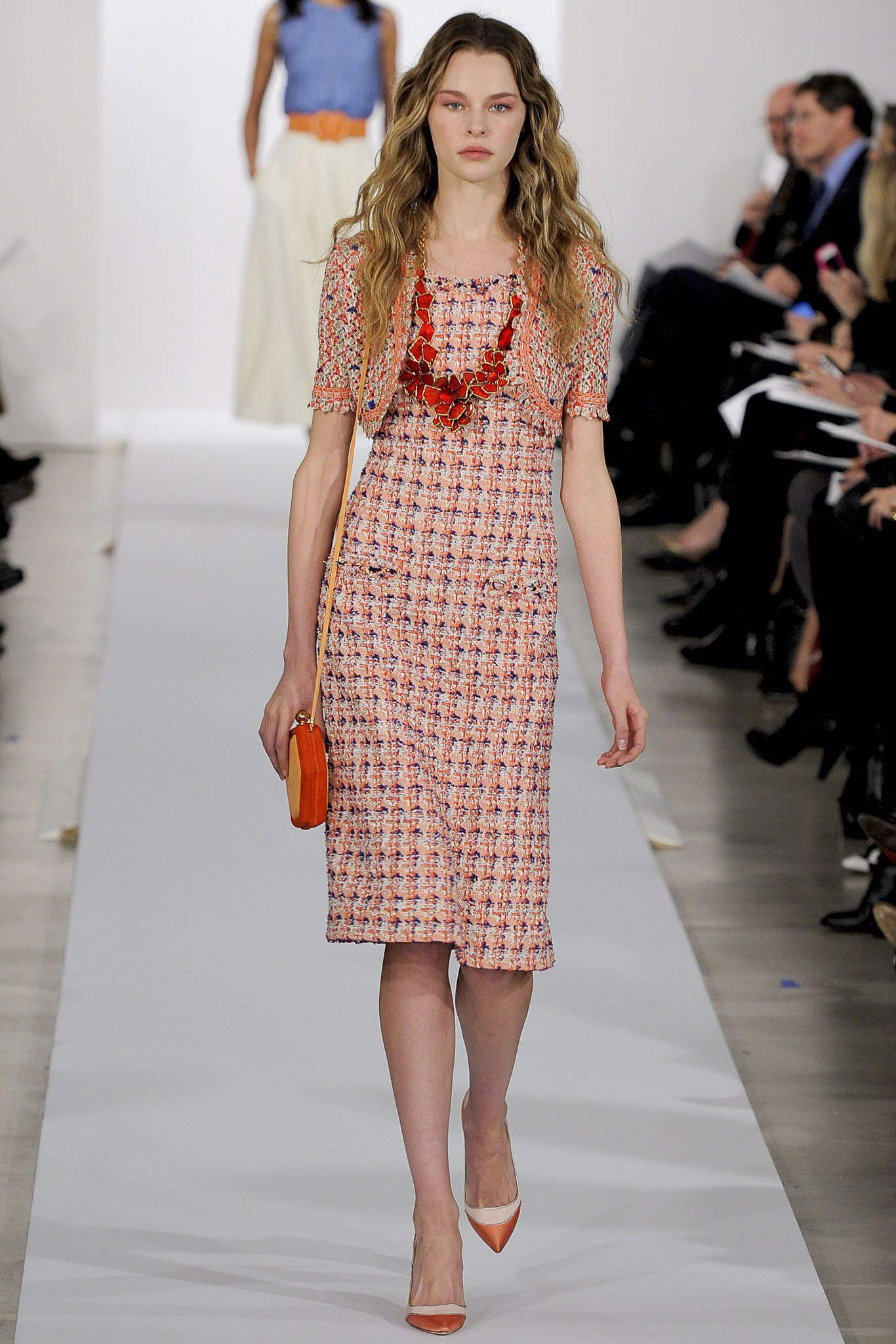 See the complete Oscar de la Renta Pre-Fall 2013 collection.
