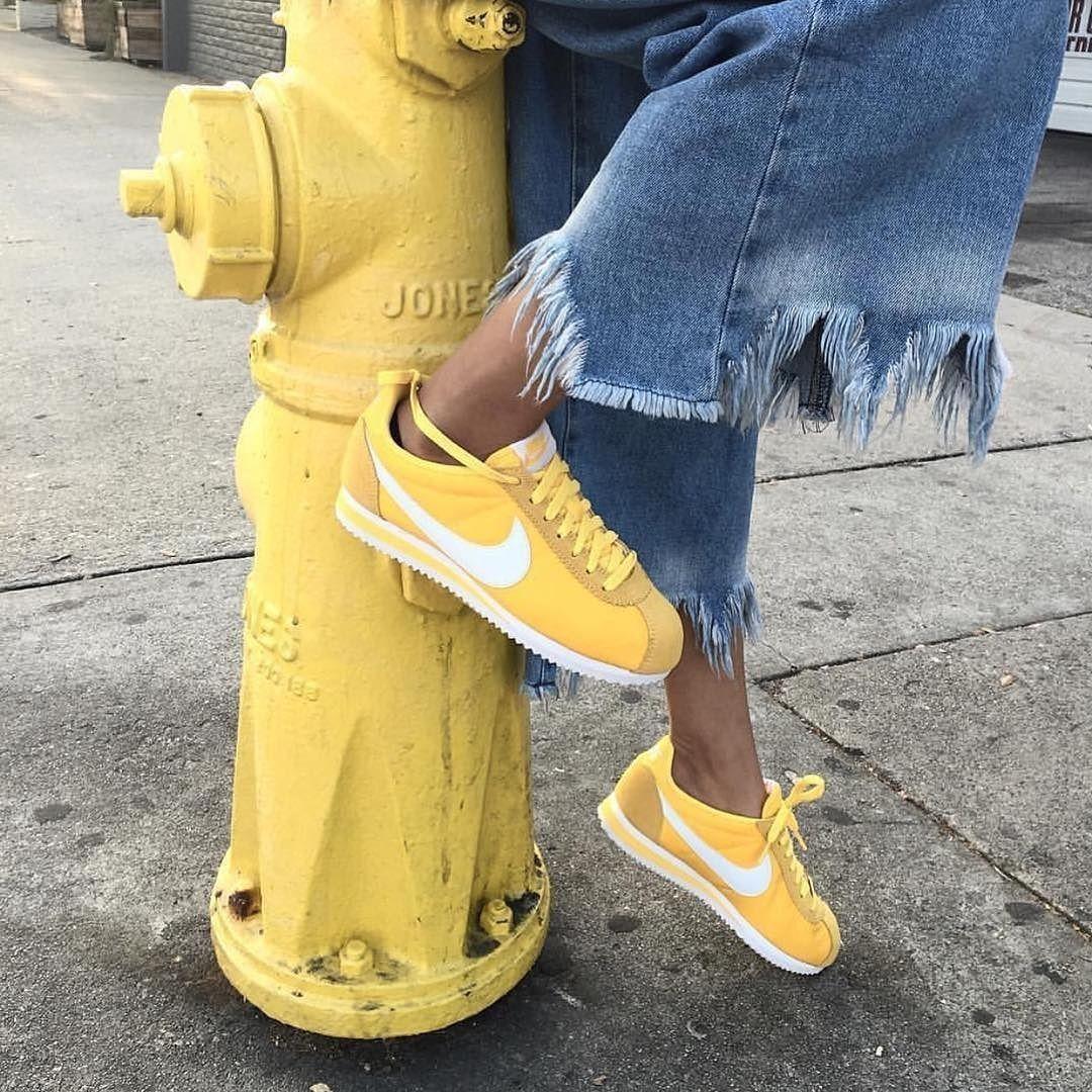 yellow nike shoes tumblr women gape hole 936722