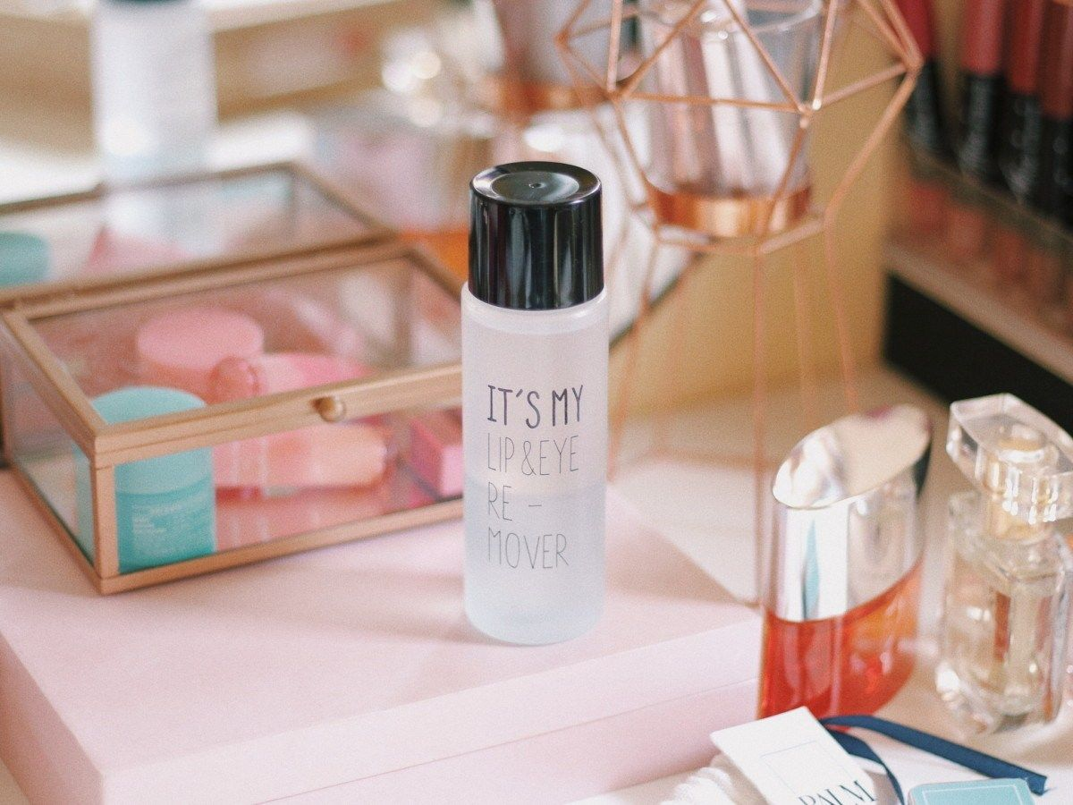 It's My Lip and Eye Makeup Remover Review Makeup remover