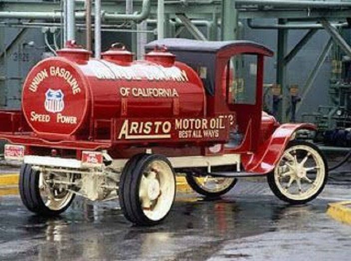 1922 Union Gas Tanker Delivery Truck Vintage Trucks Antique Trucks Classic Chevy Trucks