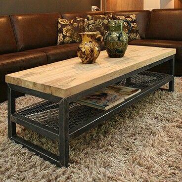 Mesa de centro em ferro e madeira industrial home for Muebles industriales metal baratos