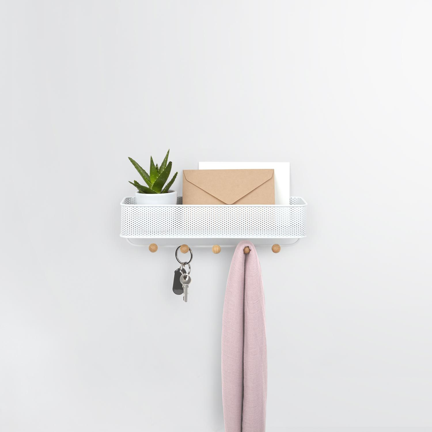 ESTIQUE KEY HOOK & ORGANIZER (WHITE) Designed by Wesley Chau & Edward Lee |