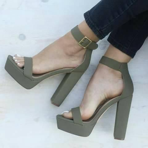 28 diseños de zapatos con tacón ancho, ¡cómodos y femenino