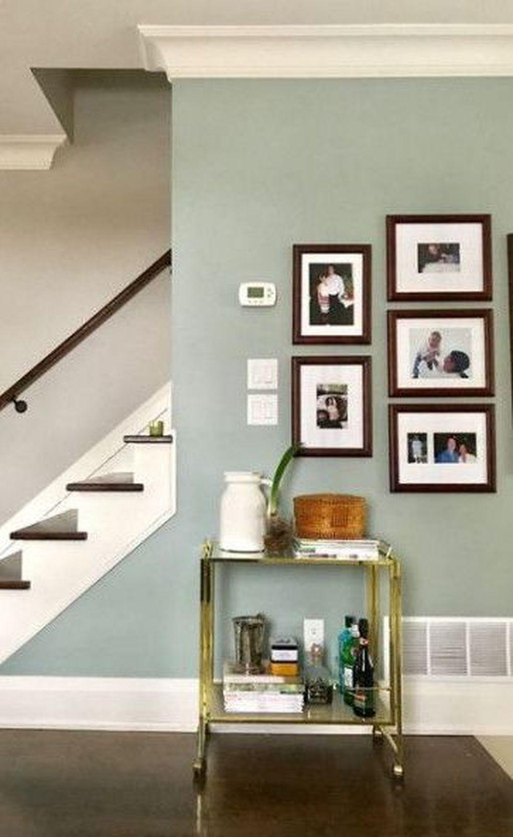 Operazioni preliminari per dipingere casa: 35 Best Home Wall Paint Color Ideas That Suitable For Your Living Room Room Wall Colors Living Room Wall Color Paint Colors For Living Room
