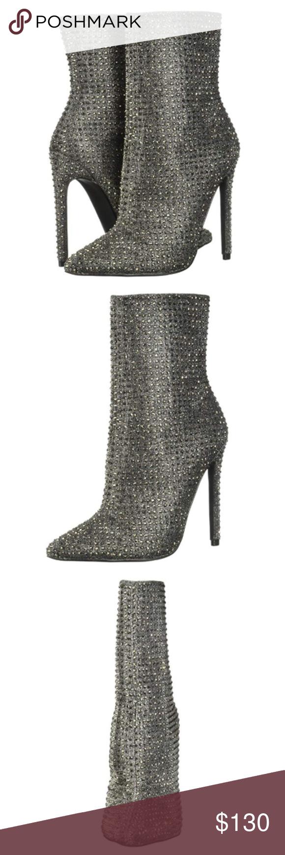 Apariencia Centro de la ciudad lamentar  Steve Madden Wifey Ankle Rhinestone Boots SIze 8 | Steve madden, Clothes  design, Steve madden shoes heels