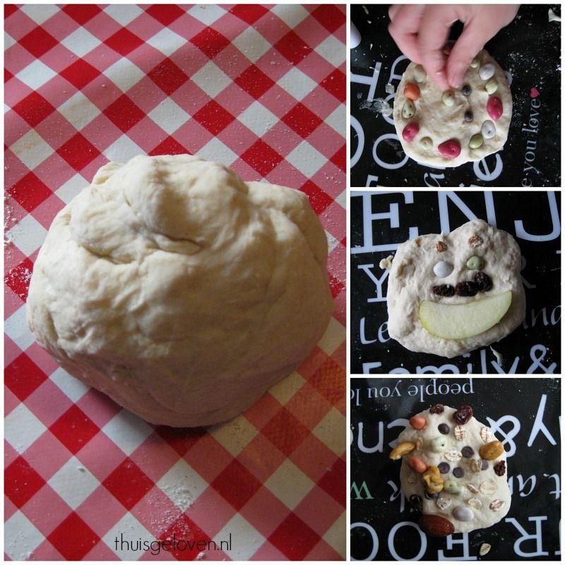 Broodjes bakken met met maar 2 ingrediënten.  Eerst lekker kneden, daarna versieren en tot slot nog even in de oven.