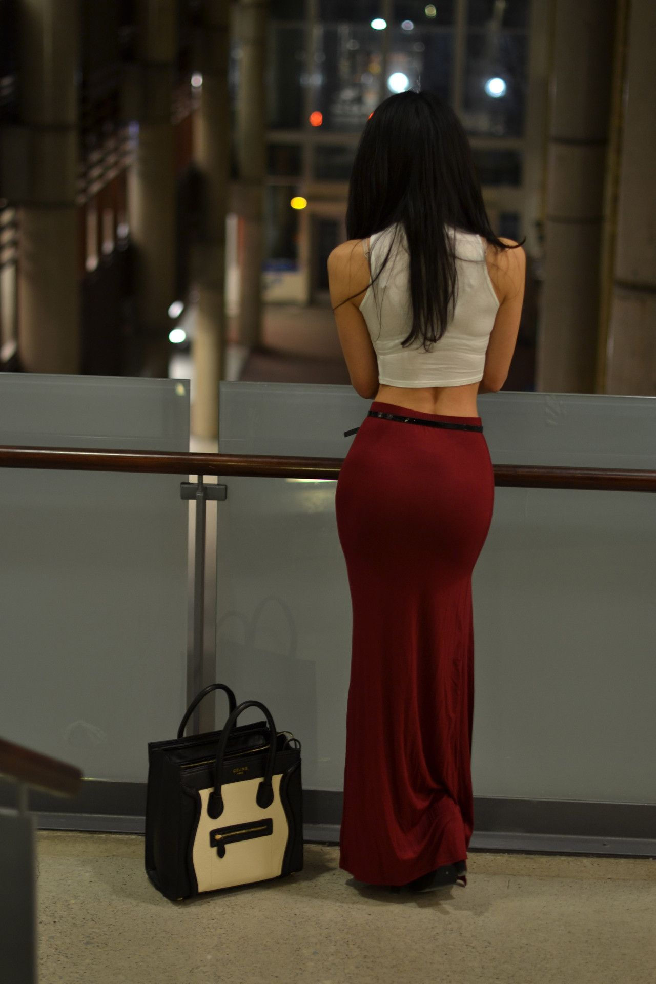 Having such a beautiful body makes even the long skirts look sexy...