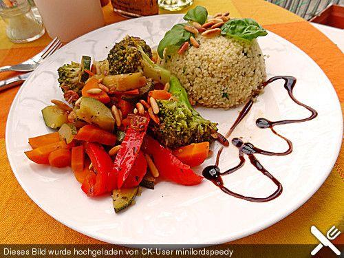 Aromatische Gemüsepfanne mit Couscous (Rezept mit Bild)   Chefkoch.de