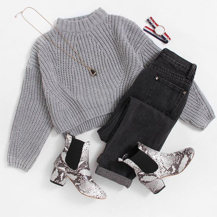Vented Hem Chunky Knit Crop Sweater