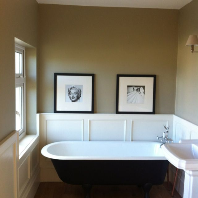 farrow and ball light gray on wall wainscoting farrow and ball slipper satin and bath farrow and. Black Bedroom Furniture Sets. Home Design Ideas