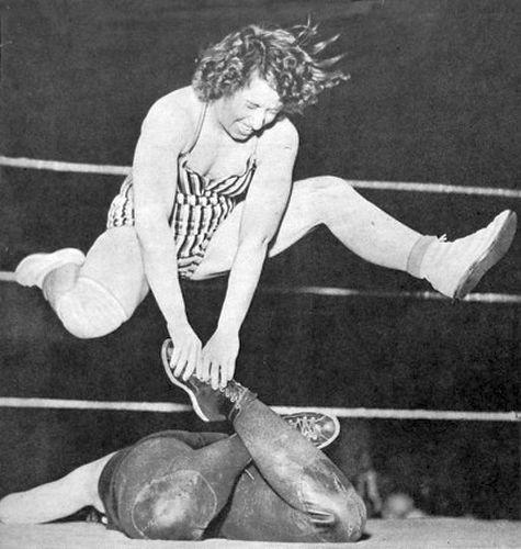 Womens Pro Wrestling: Mildred Burke