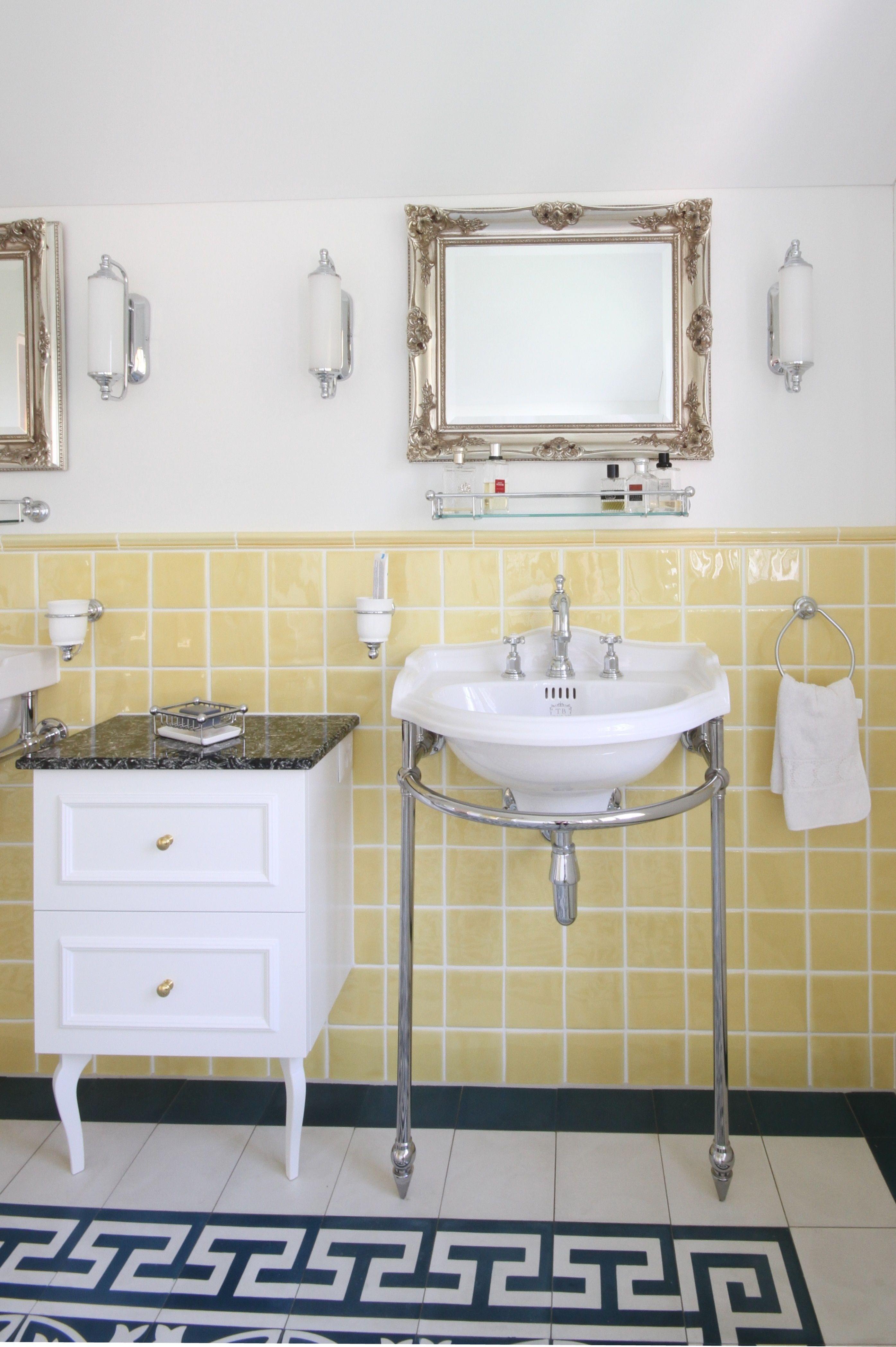 Waschtisch mit Konsole  Waschtisch, Badezimmer, Handwaschbecken