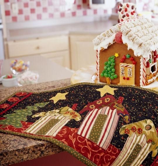 = free pattern = Quilt Inspiration:  Friendship cottages table runner by Pat Sloan