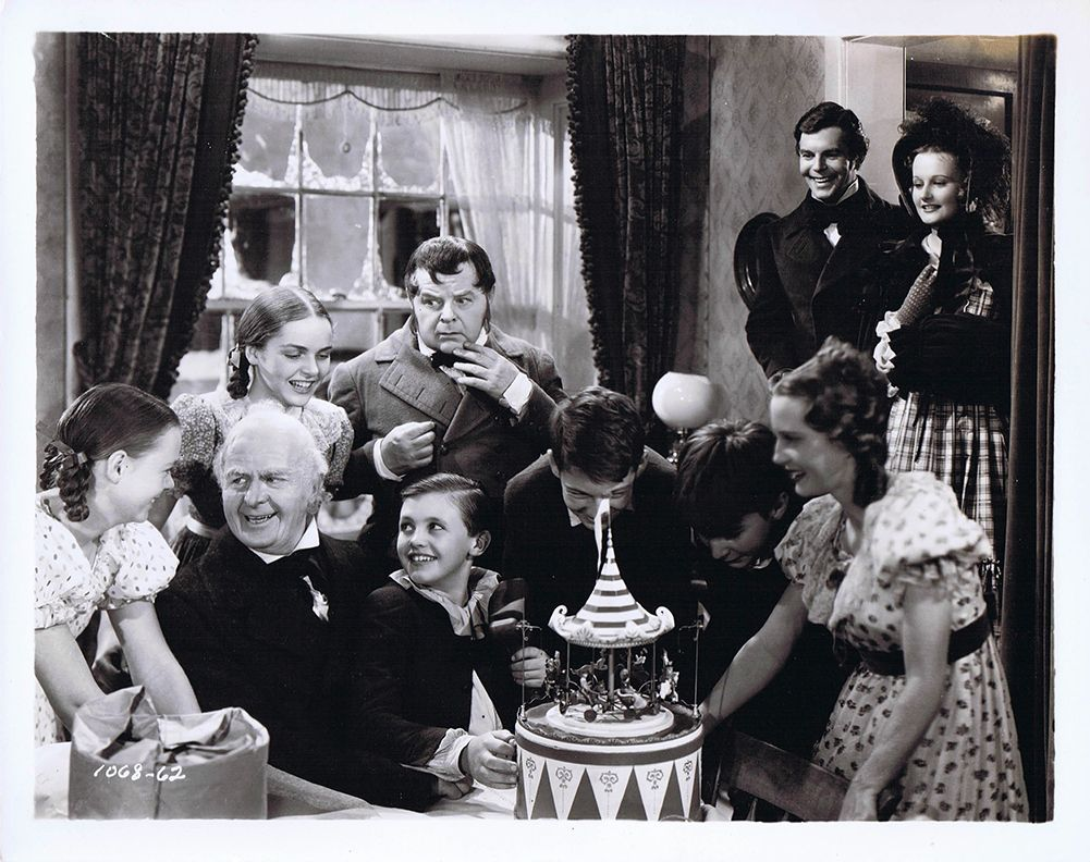 The Cast Of A Christmas Carol 1938 L R Muriel Kearney