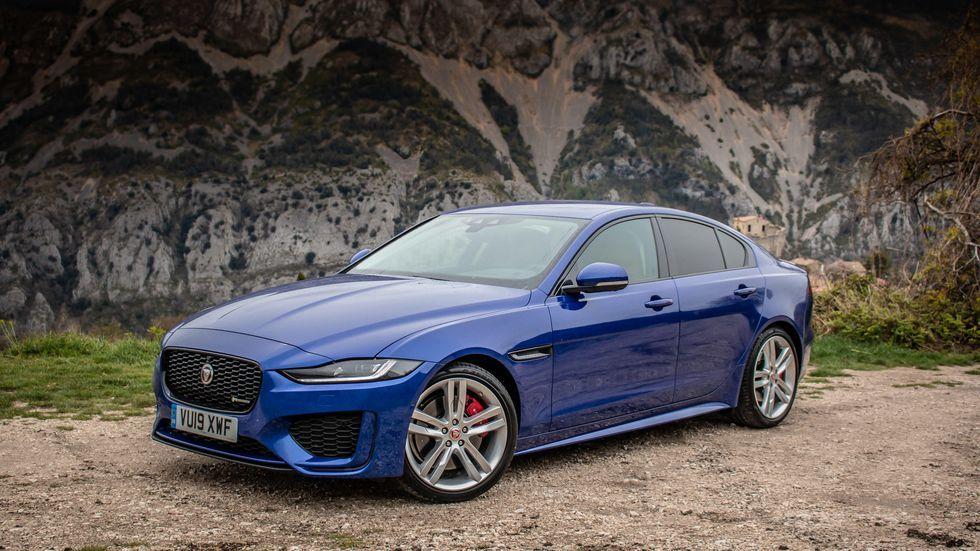 2019 Jaguar XE facelift | Jaguar, Jaguar xe, Jaguar daimler