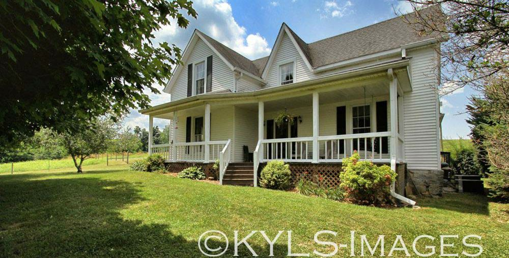 14+ acres, barn, pond, creek, Sustainable Farm For Sale in