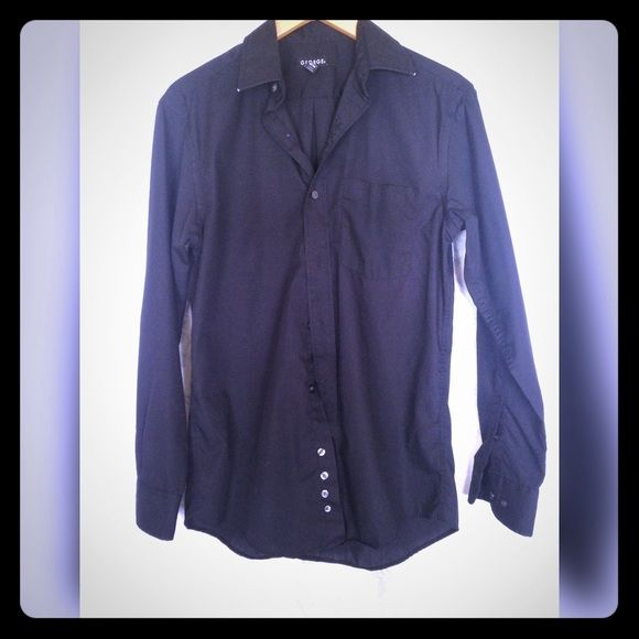 Dress shirt Button down. Chest is 34-36. Sleeves are 32-33. Never worn. Super soft! George Tops Button Down Shirts