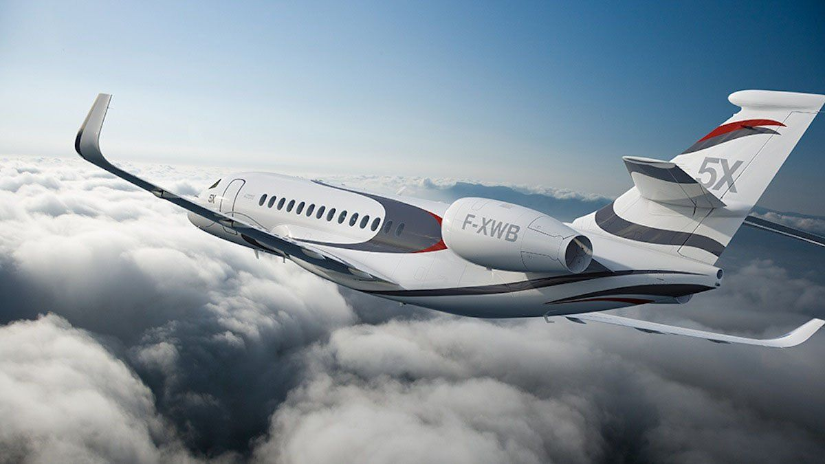 Tour The $US45 Million Falcon 5X Private Jet, Featuring A Skylight | Business Insider