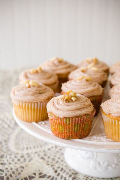 Honey Nut Cupcakes for Valentine's Day | Cupcake Project