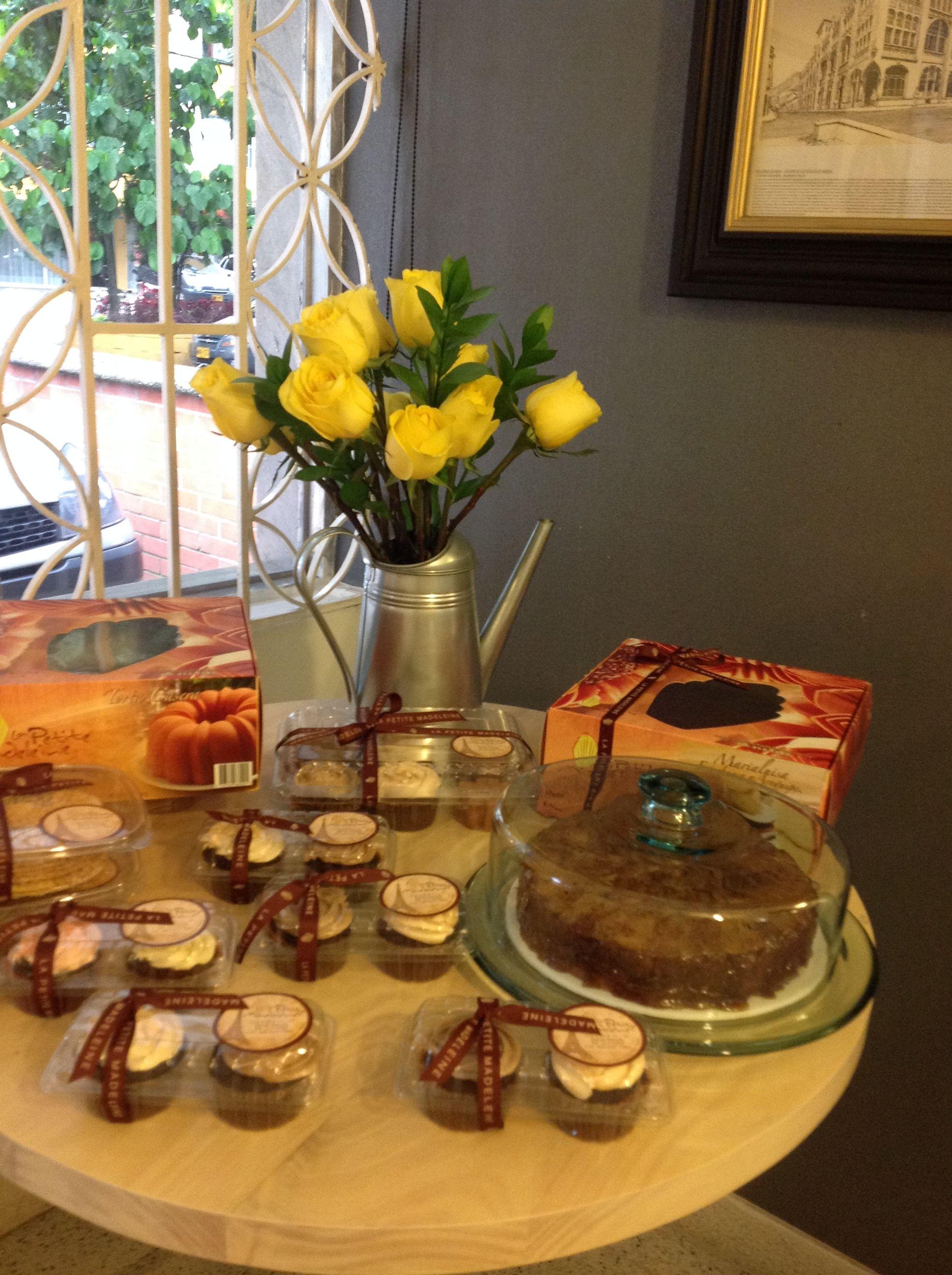 Las rosas amarilas para decorar la reposteria Yellow roses for decorating our bakery