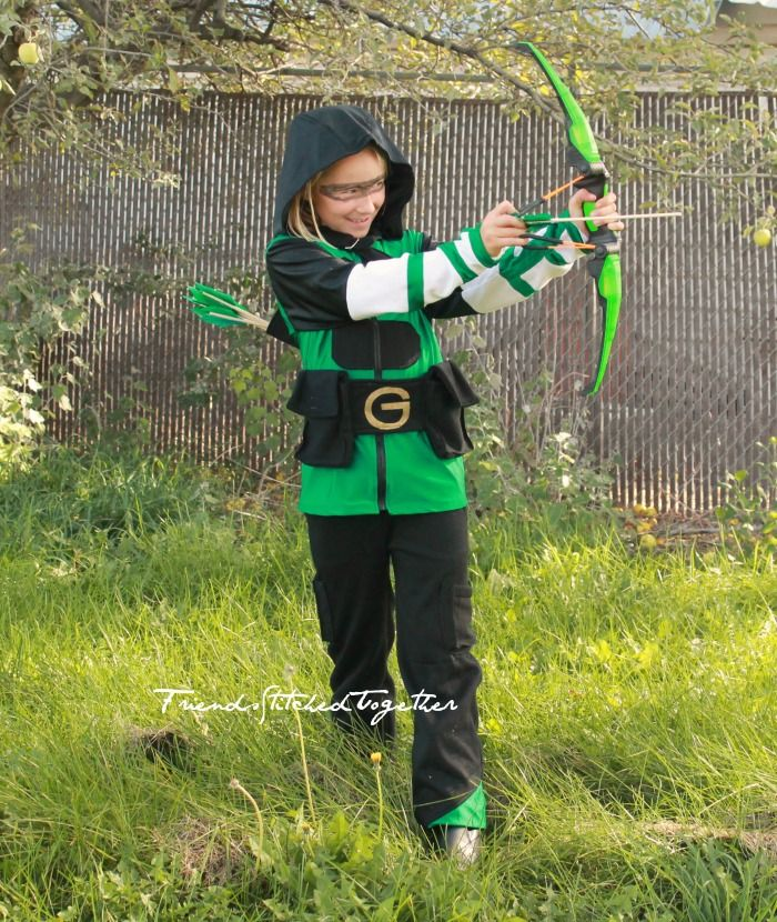Green Arrow Costume + Quiver Tutorial - Friends Stitched Together - green dress halloween costume ideas