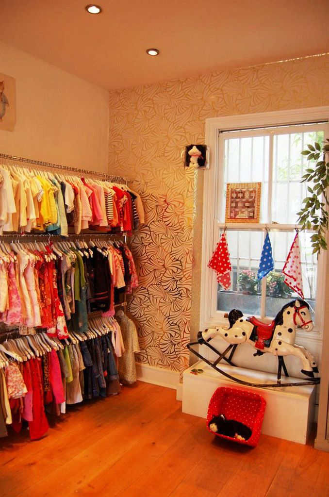 Fara Kids And Baby London Charity Shop Display Ideas