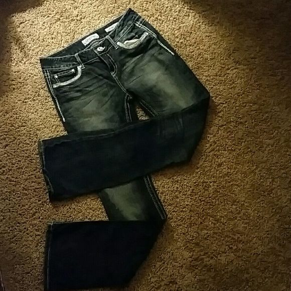DAY TRIP JEANS Worn a few times but still good condtion Daytrip Pants Boot Cut & Flare