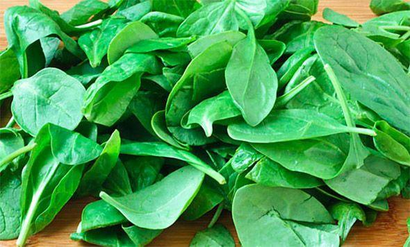 Gerecht printenHeerlijk gerecht uit Indonesië: Sambal Goreng Bajem ( gekruide spinazie ). Lekker met Ajam Pangang Pedis Benodigdheden 1 kg verse spinazie 2 uien, fijngesneden 1 teen knoflook, fijngehakt 1 stukje trassi 200 gram gehakt 1 rode of groene paprika 1 tomaat zout en peper Bereidingswijze De spinazie goed wassen en heel laten. Uien, knoflook …
