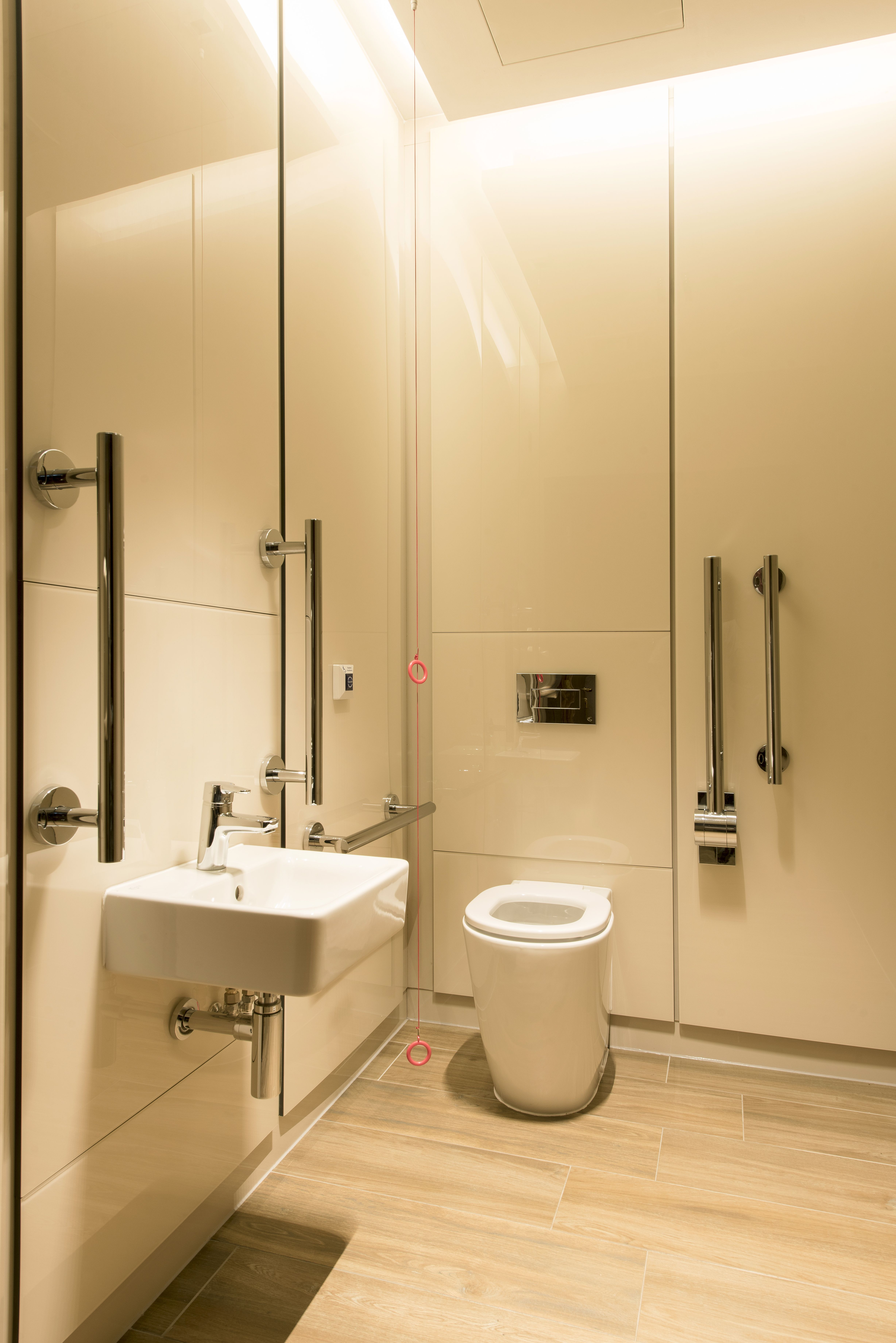 AC Hotels by Marriott - Petal Cubicle systems, Duct and Access
